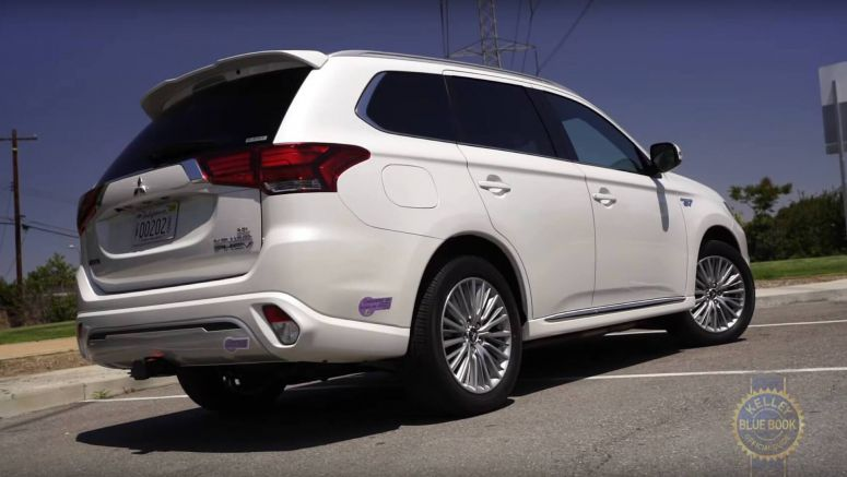 2019 Mitsubishi Outlander PHEV Found By KBB To Be Just… Well, Average