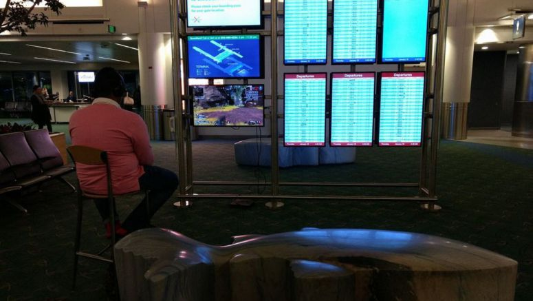 Man Hijacks Portland Airport Monitor To Play PS4 Game