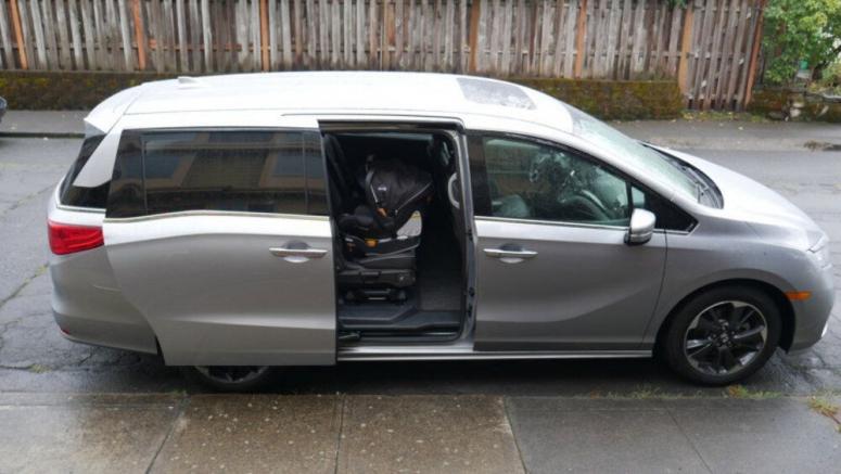 2021 Honda Odyssey Car Seat Fitment Driveway Test