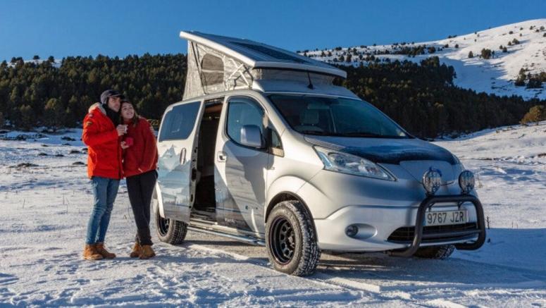 Nissan e-NV200 Winter Camper Concept is a green pop-top camper