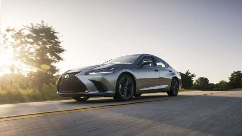 2021 Lexus ES 250 AWD First Drive | What's new, mpg, features, specs, pricing