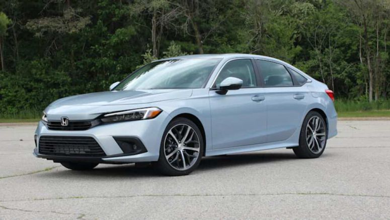 2022 Honda Civic First Drive Review | Firmer familiar ground