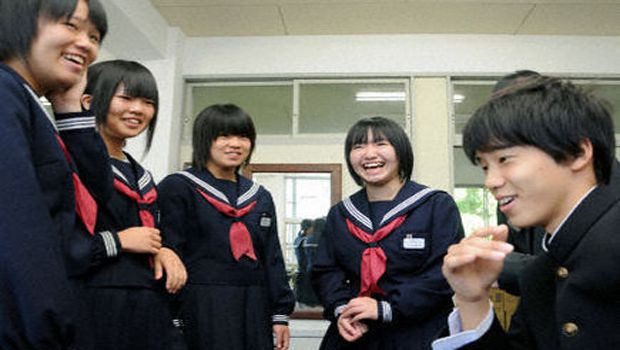 Fukushima school reopens Oct 3