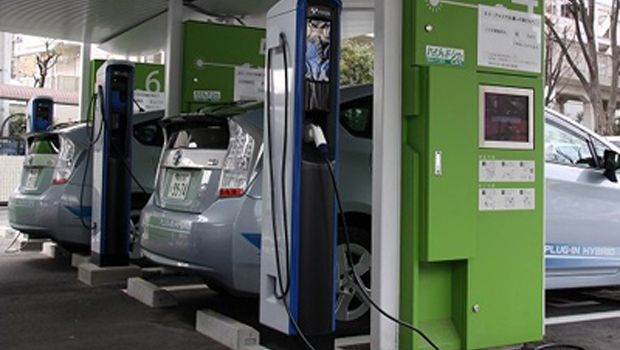 Toyota Industries EV Charging System Reduces Peak Power Consumption