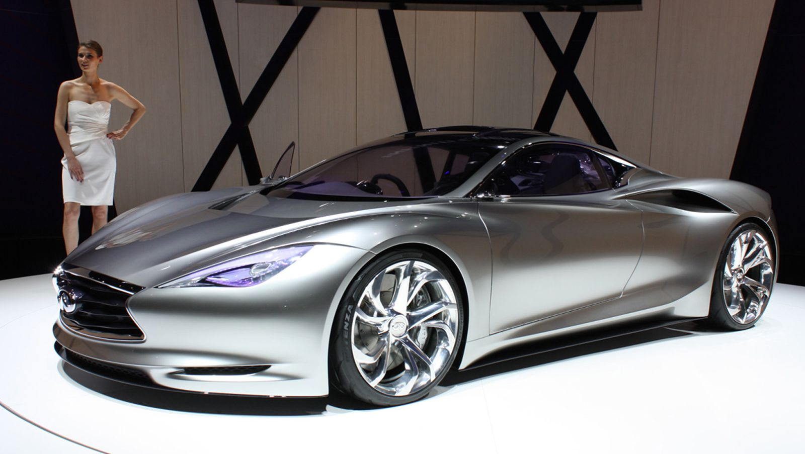 Nissan Leaf Based Infiniti Concept Car Headed To New York Rumor