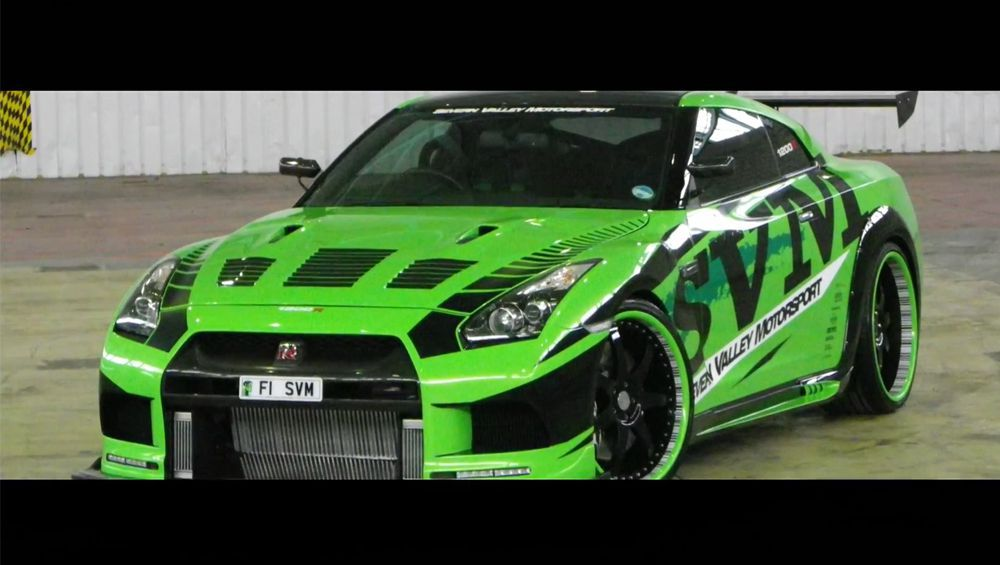 SVM Nissan GT-R THE HULK 1200 HP Sets World Record at ...