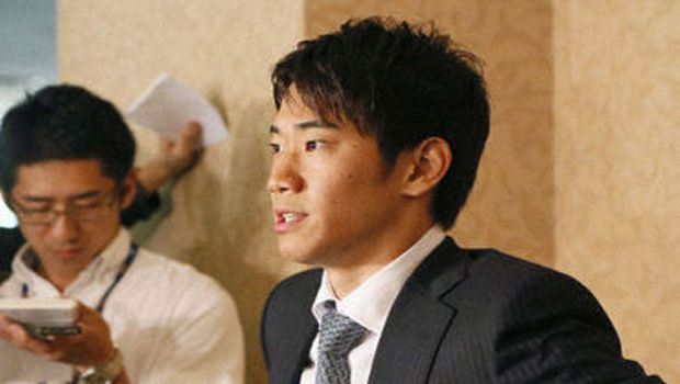 Soccer: Kagawa breaks silence on Manchester United, excited to play for legendary Fergie