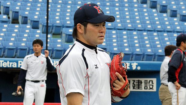 Baseball: Matsui rescues team in 9th as Swallows play out tie with Carp