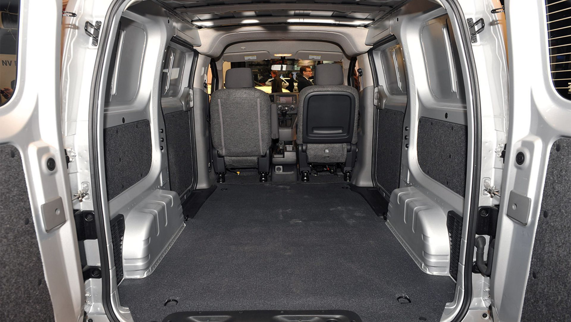 2013 chicago 2013 nissan nv200