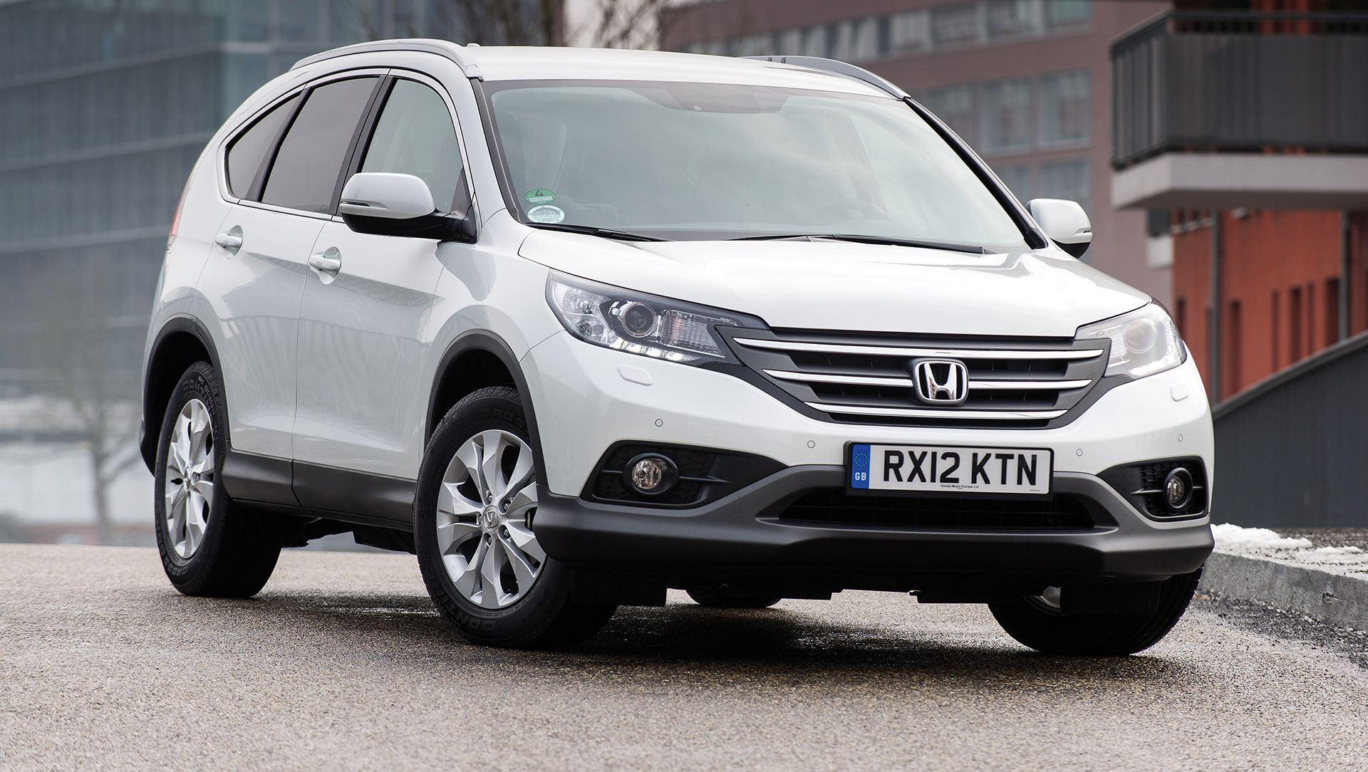 Award Winning 2014 Honda CR V Goes Sale is an Efficient and