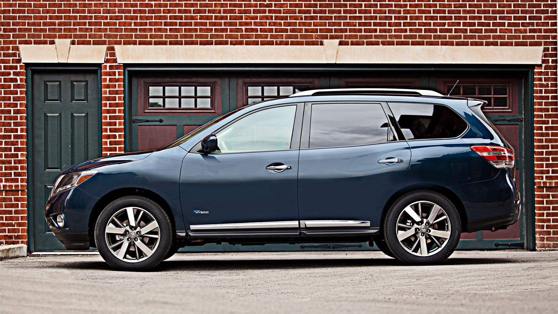 Marvelous 2013 New York Auto Show : Nissan Debuts 2014 Pathfinder Hybrid, NV200  Mobility Taxi