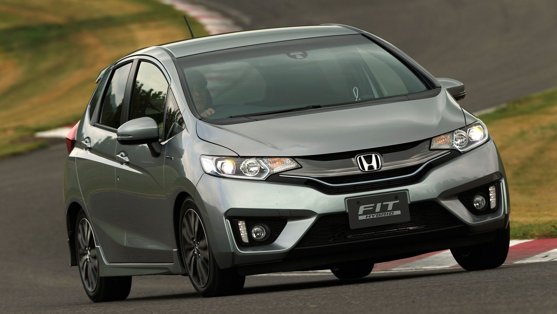 Update : 2015 Honda Fit Hybrid Gets 35% Bump in Fuel Economy | Auto ...
