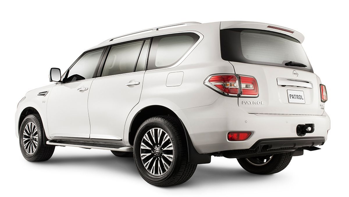 Video 2014 nissan patrol world premiere auto moto japan bullet 2014 nissan patrol facelifted suv not planned for oz vanachro Image collections