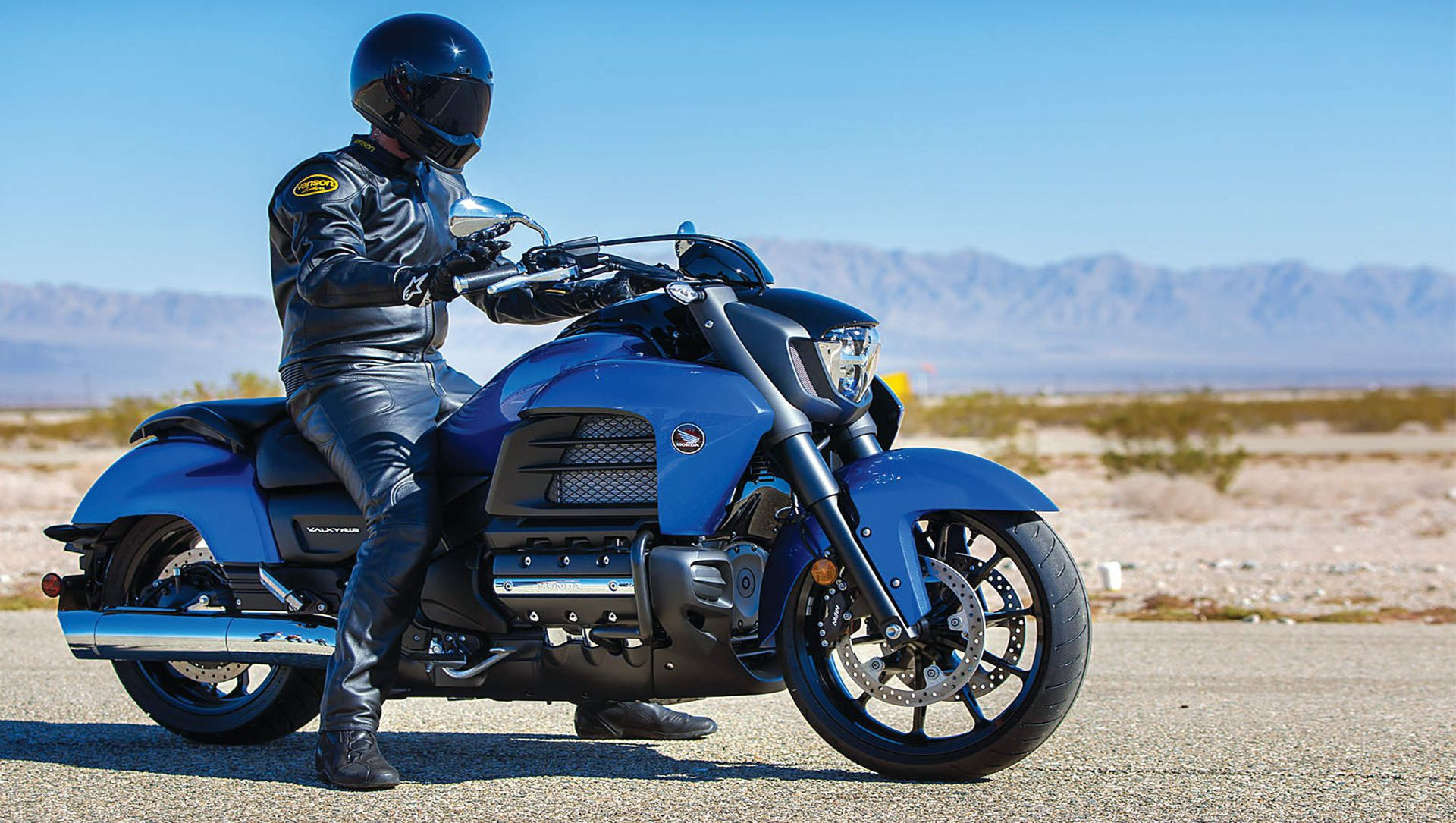 VIDEO : 2014 Honda Gold Wing Valkyrie