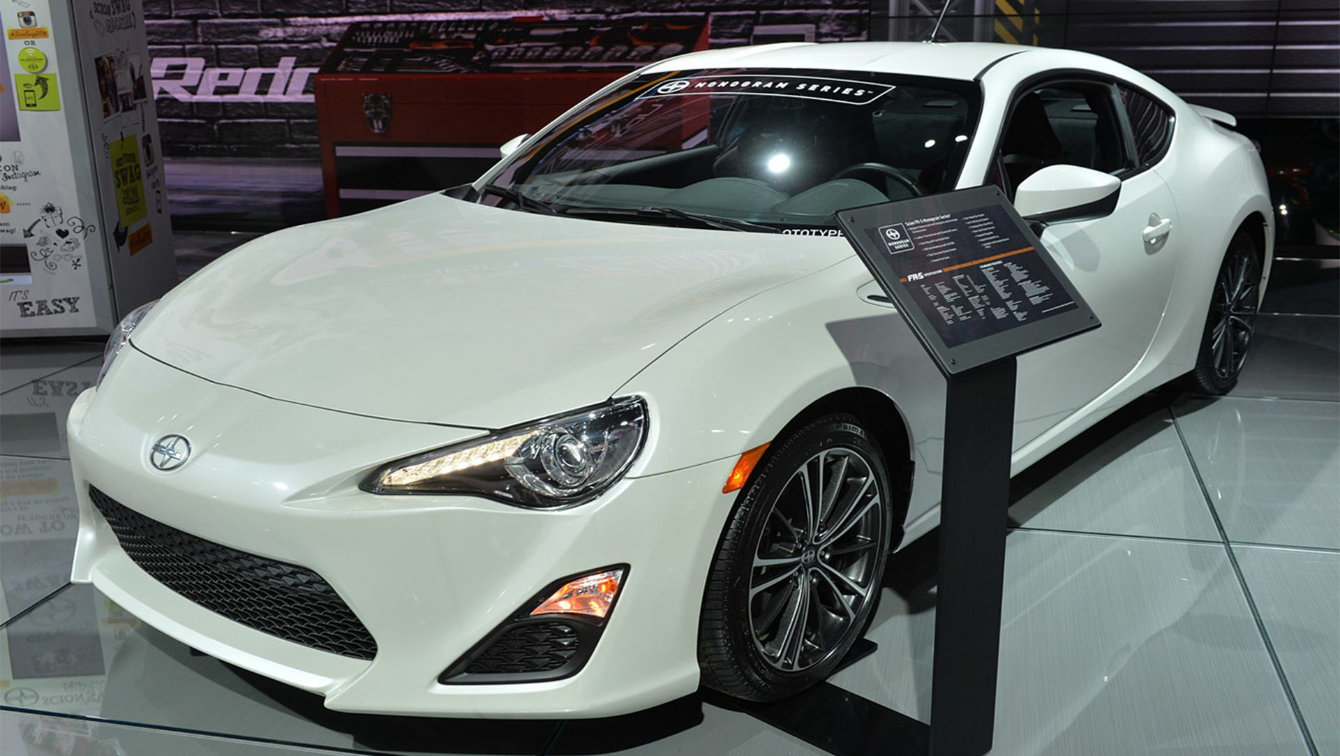 video 2015 scion fr s your ride has arrived auto moto. Black Bedroom Furniture Sets. Home Design Ideas