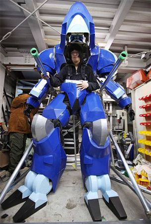 Landmate Guges robotic battle suit from 'Appleseed' brought to life