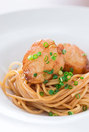 Spaghetti with Soy Sauce Butter Scallops