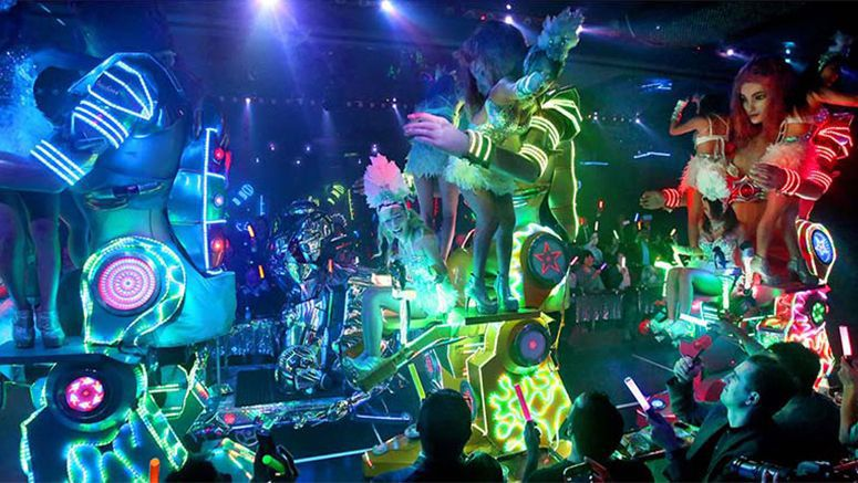 Tokyo's lurid 'Robot Restaurant' an overload of the senses, but foreigners still come