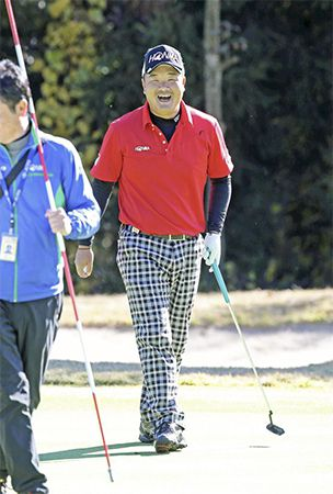 Oda, 3 others in chase for Japan tour money title