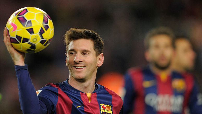Messi tops 400 goals for Barca