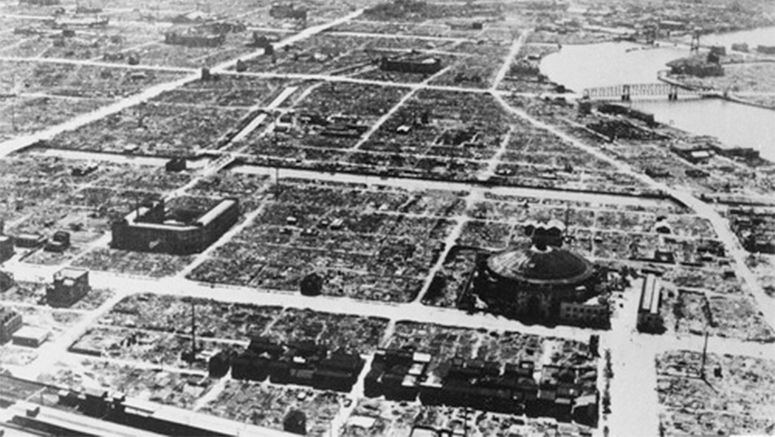 Horror of 1945 Tokyo air raids portrayed in Japanese novel written by American