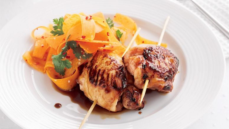 Yakitori chicken with pickled carrot salad