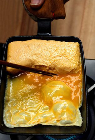 A knack to making dashi-flavored 'tamagoyaki'