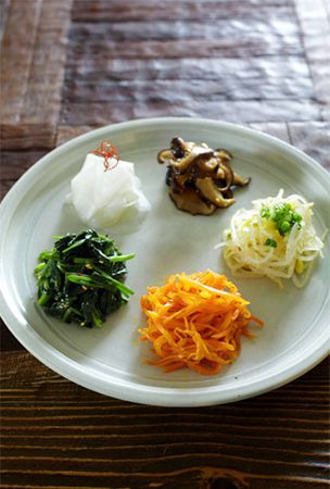 Korean 'namul' offers tasty vegetable medley