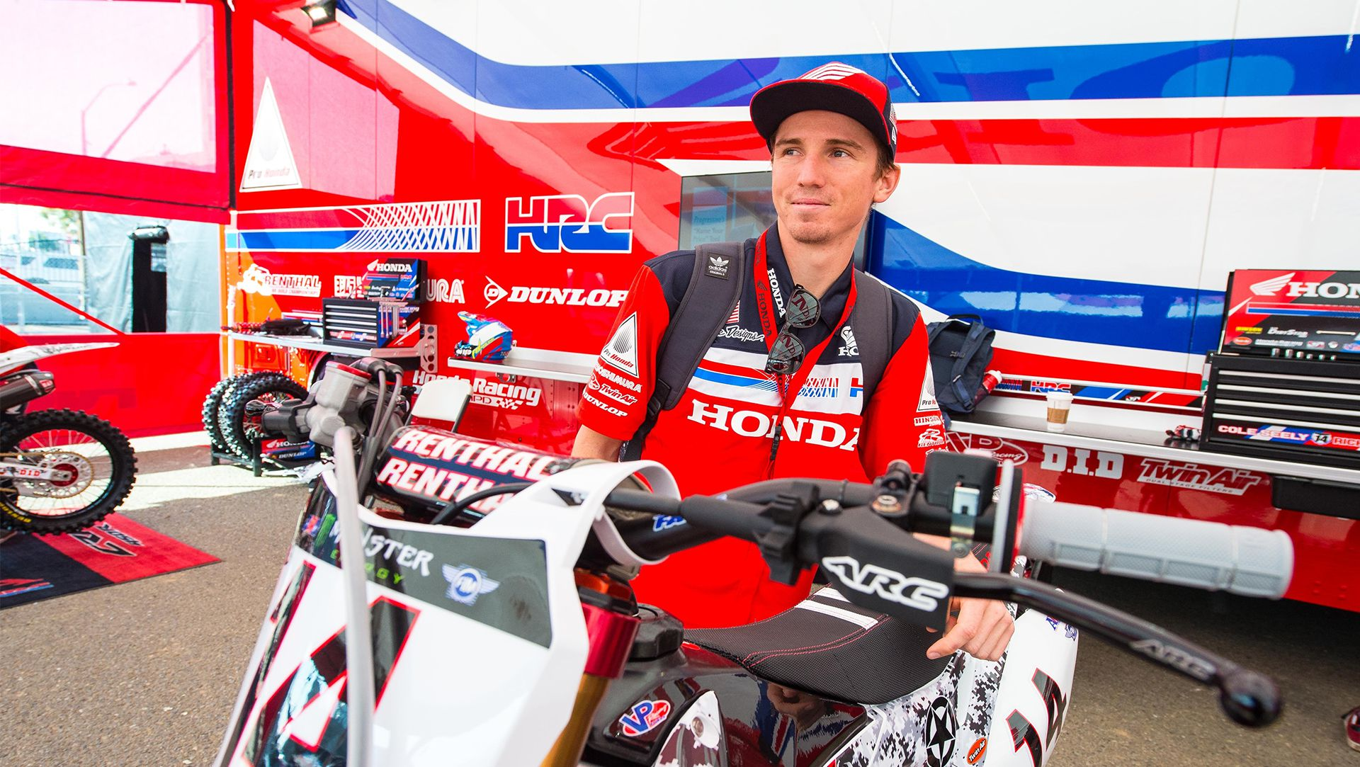 Honda Seely Second at San Diego Military Appreciation Race