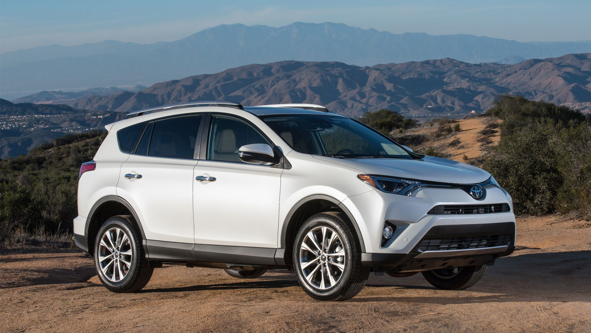 Global Toyota RAV4 Airbag Recall due to Fatal Crash Reconstruction ...