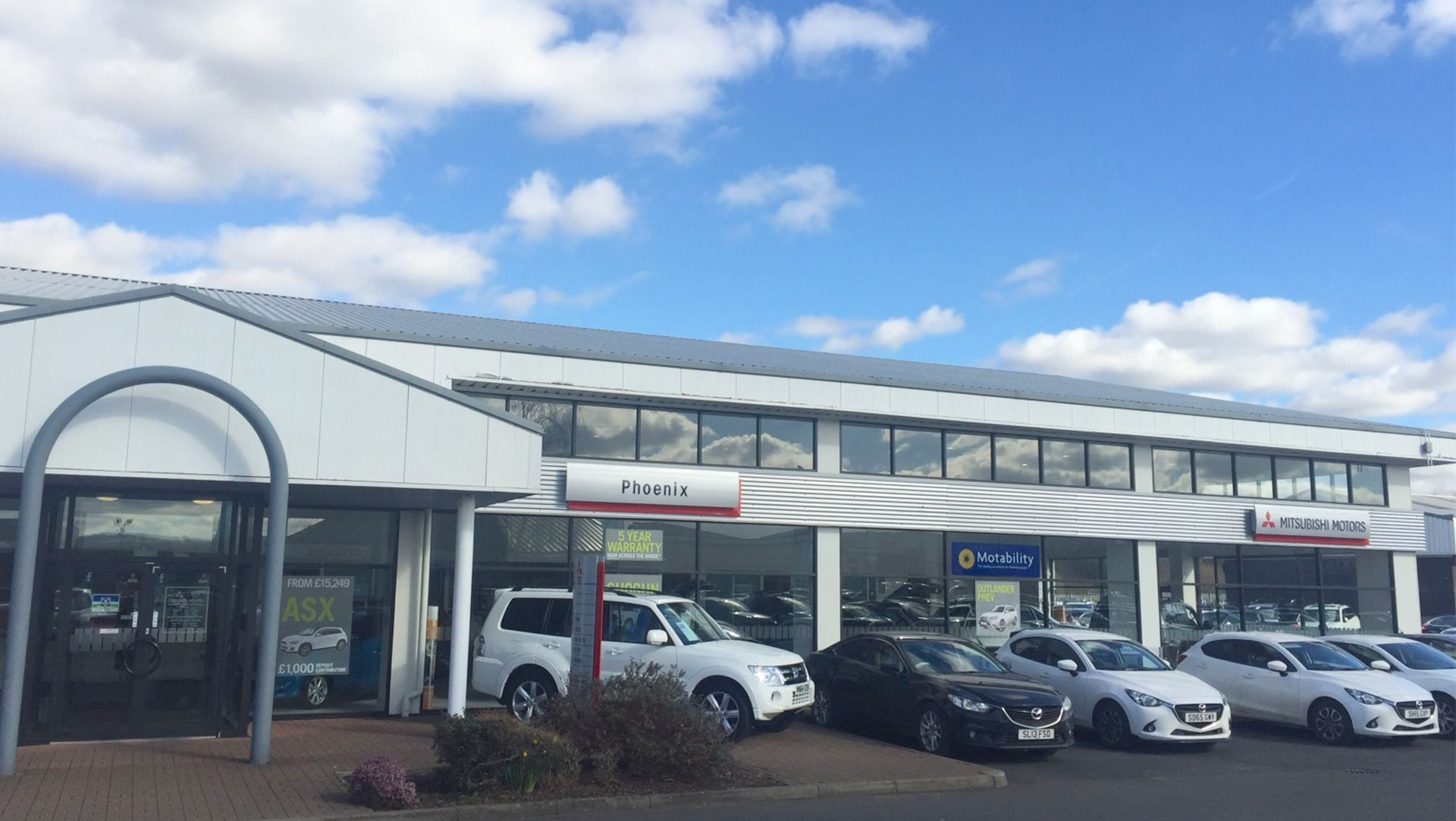 Mitsubishi Dealership Invests In More Charging Points To Support - Mitsubishi dealer ship