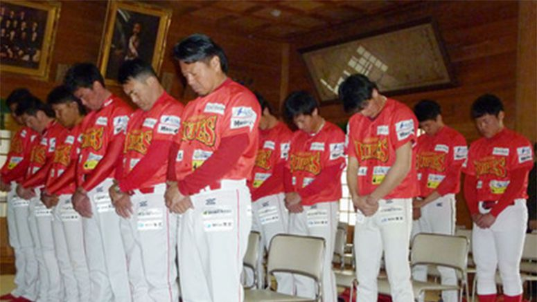 Tohoku baseball club carries hopes and dreams of disaster victims