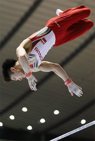 Gymnastics: Uchimura lifts eighth straight NHK Cup, Kato books place for Rio