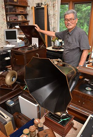 Thomas Edison fan seeks to donate phonographs, other equipment for young people to enjoy