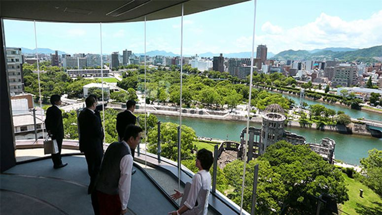 Hiroshima 'paper crane' tower offers vista of A-bomb dome