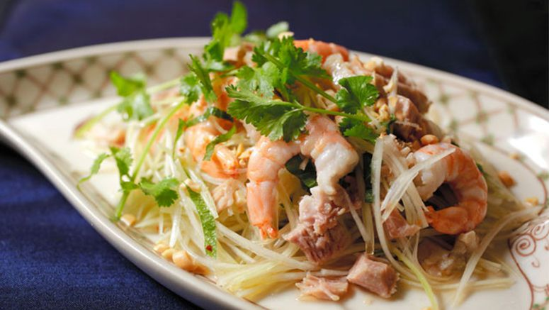 Green papaya salad is a dream that comes true in the summer