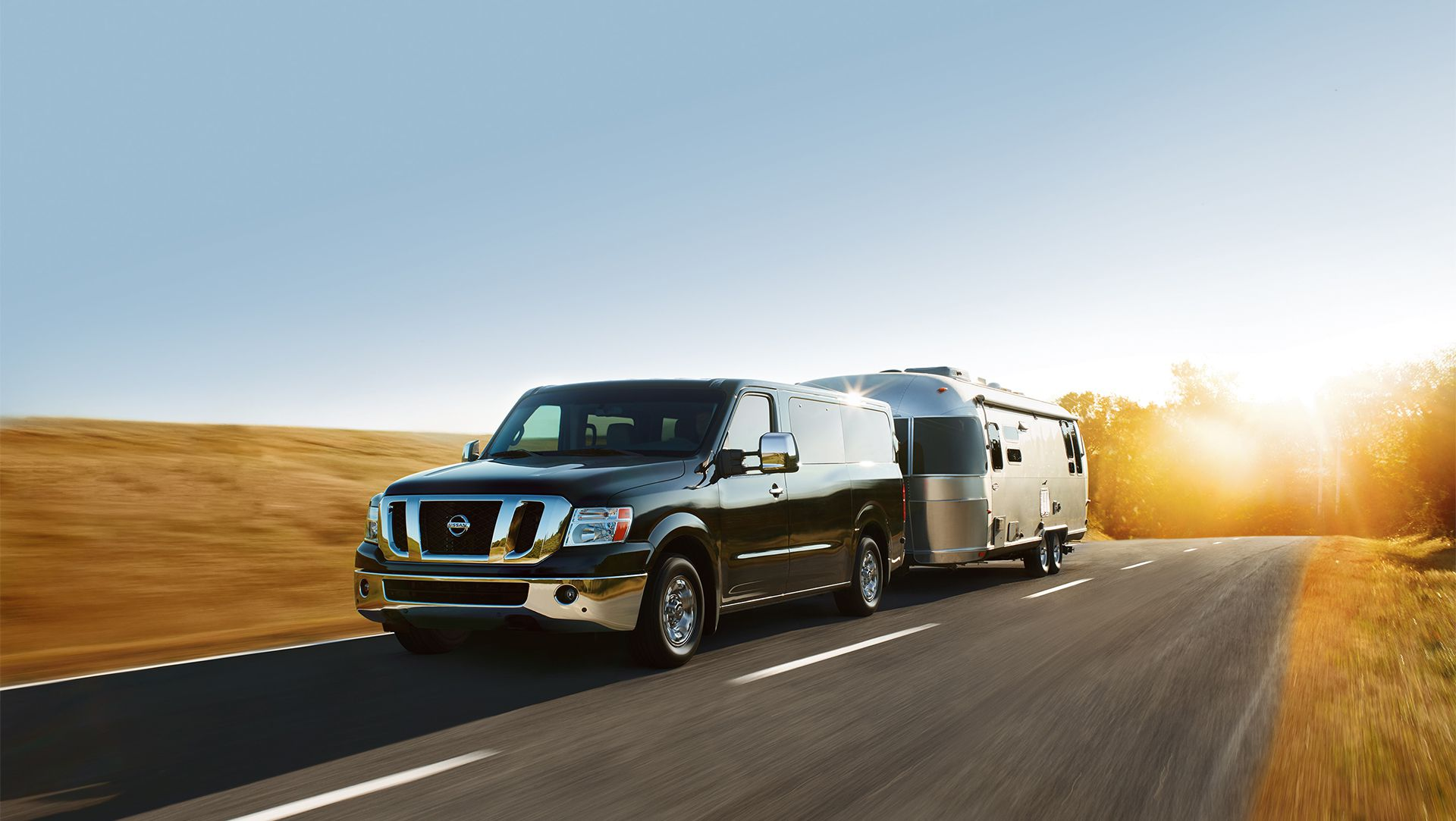 front new view nv reviews cars used sv nissan motor research van photos passenger models