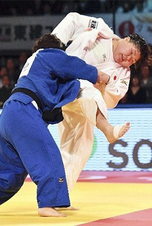 Asahina lives up to hype with 1st judo Grand Slam title in 5 tries