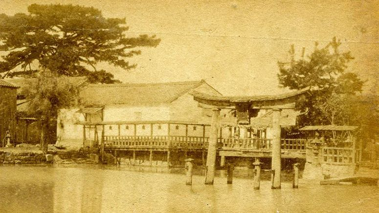 Image result for Photo confirms long-lost shrine gate that stood in Osaka water