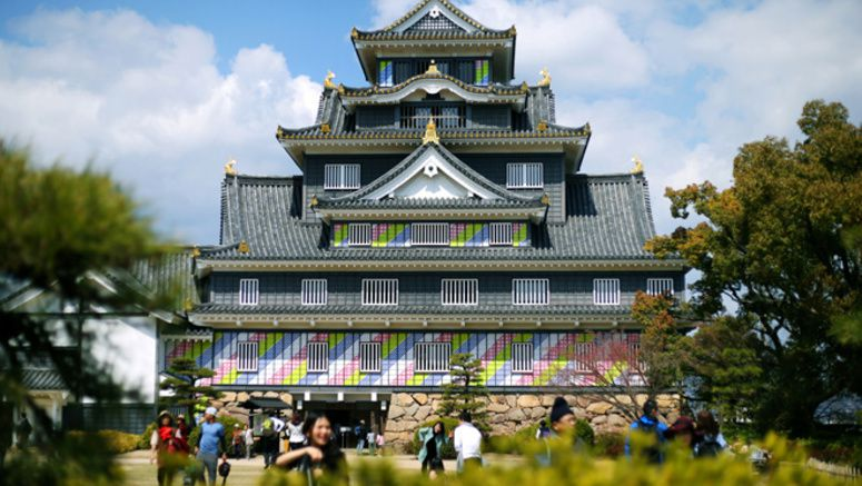 Okayama's 'Crow Castle' changes its look for spring