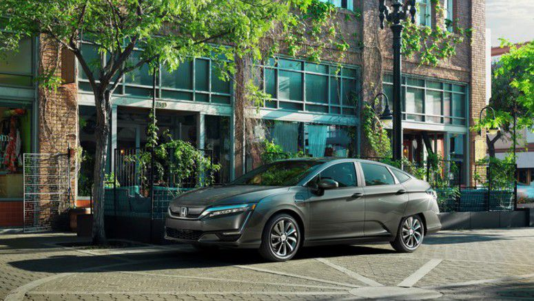 2017 Honda Clarity Electric Begins Arriving at California and Oregon Dealerships
