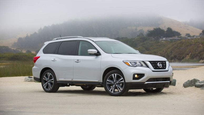 Nissan announces 2018 Pathfinder U.S. pricing – adds Midnight Edition, standard Automatic Emergency Braking and innovative Rear Door Alert