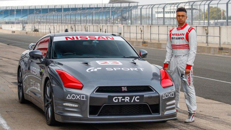 Nissan GT-R, operated remotely by a gaming controller, tops 130 mph at Silverstone