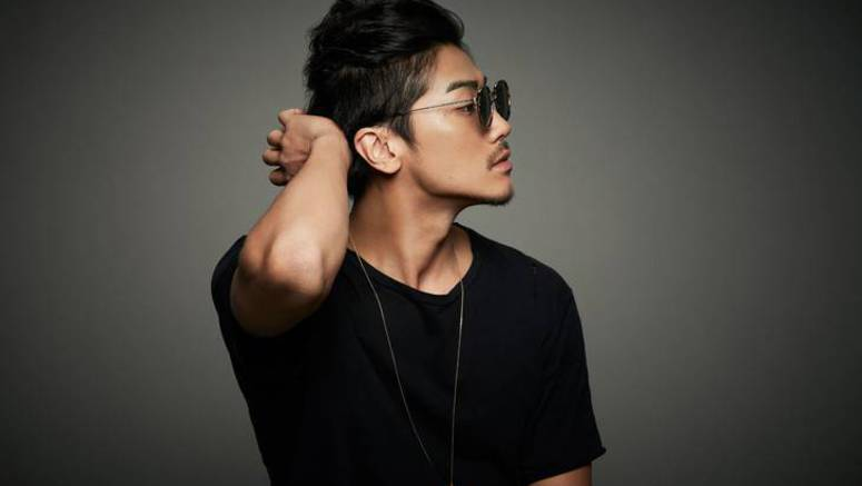Akanishi Jin sings 'Fill Me Up' in new PV