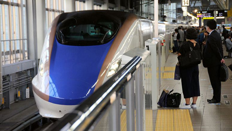 JR East to provide free Wi-Fi on bullet trains next year