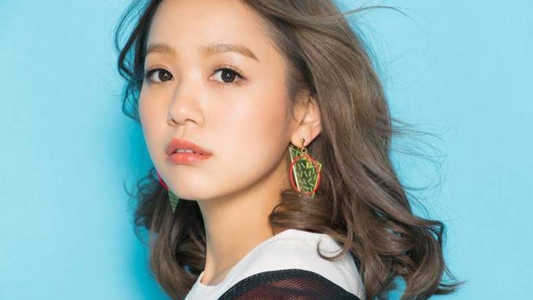 Nishino Kana to hold arena tour for 10th anniversary