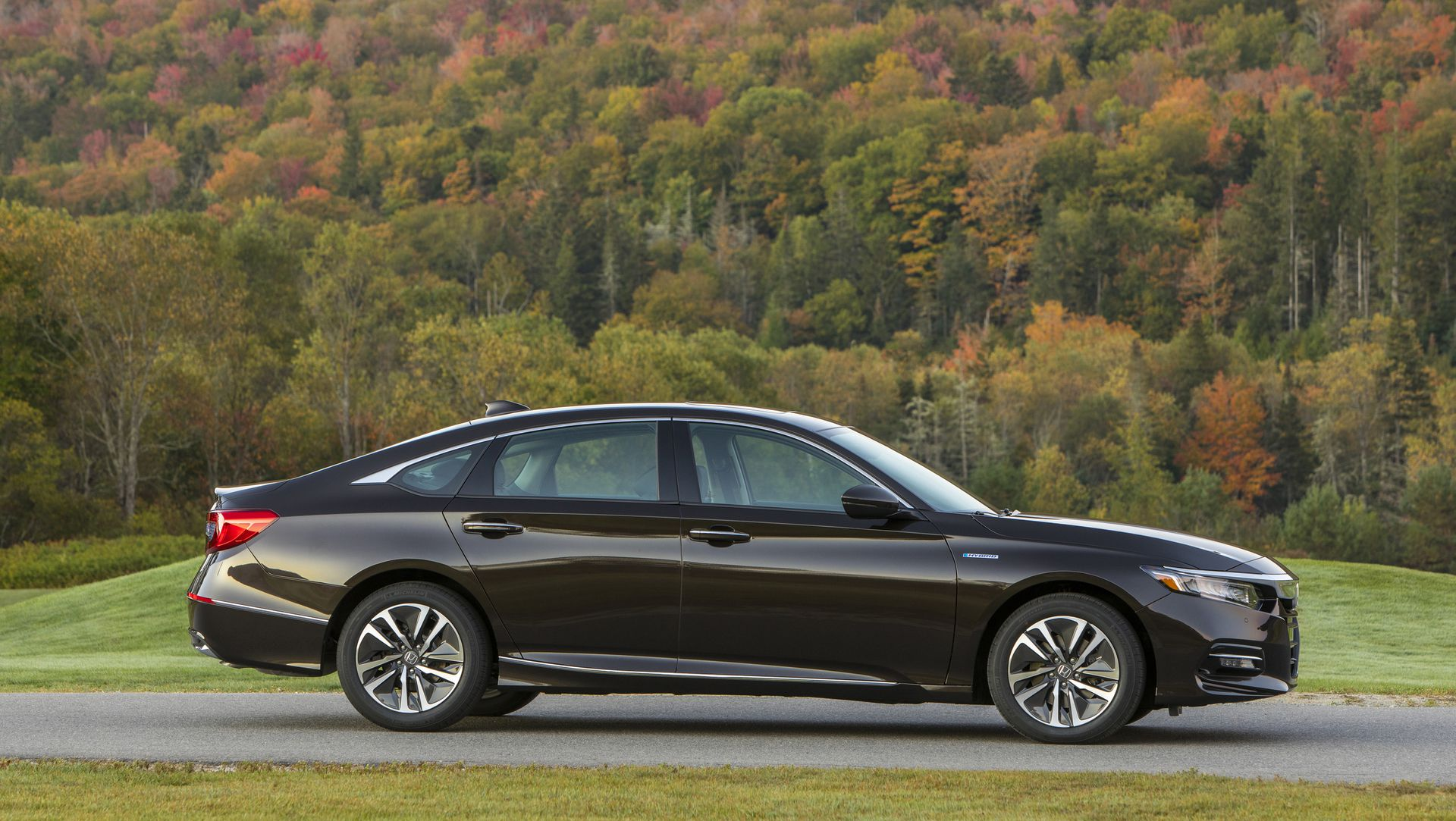 2018 honda accord hybrid fuel economy revealed slightly for Honda accord old model