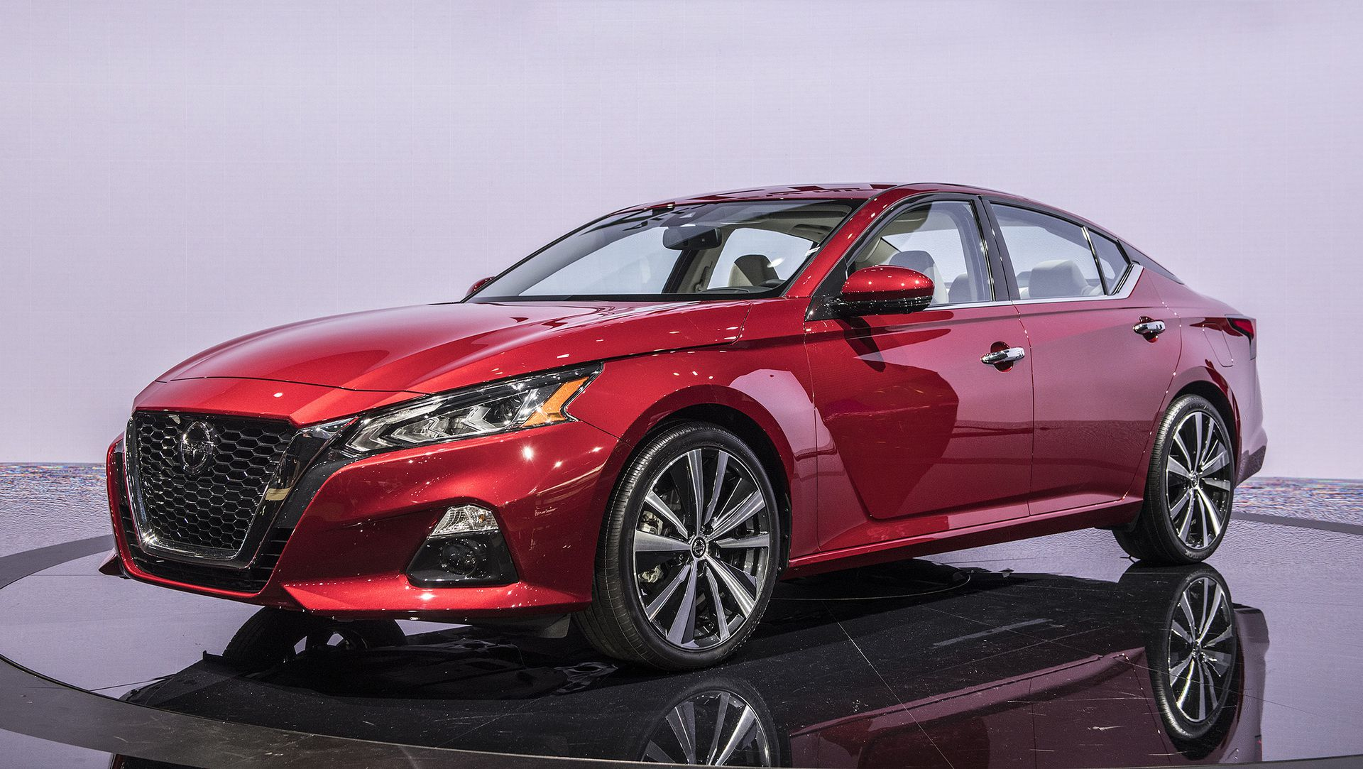 2019 Nissan Altima vs Honda Accord vs Toyota Camry: How ...