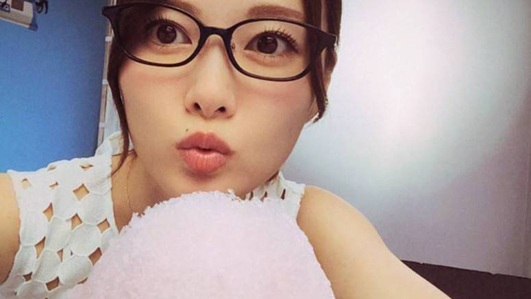 Shiraishi Mai launches new Instagram account