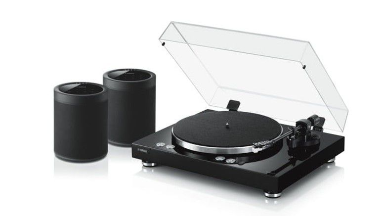 Yamaha's MusicCast Vinyl 500 Turntable Streams Audio Wirelessly To Speakers